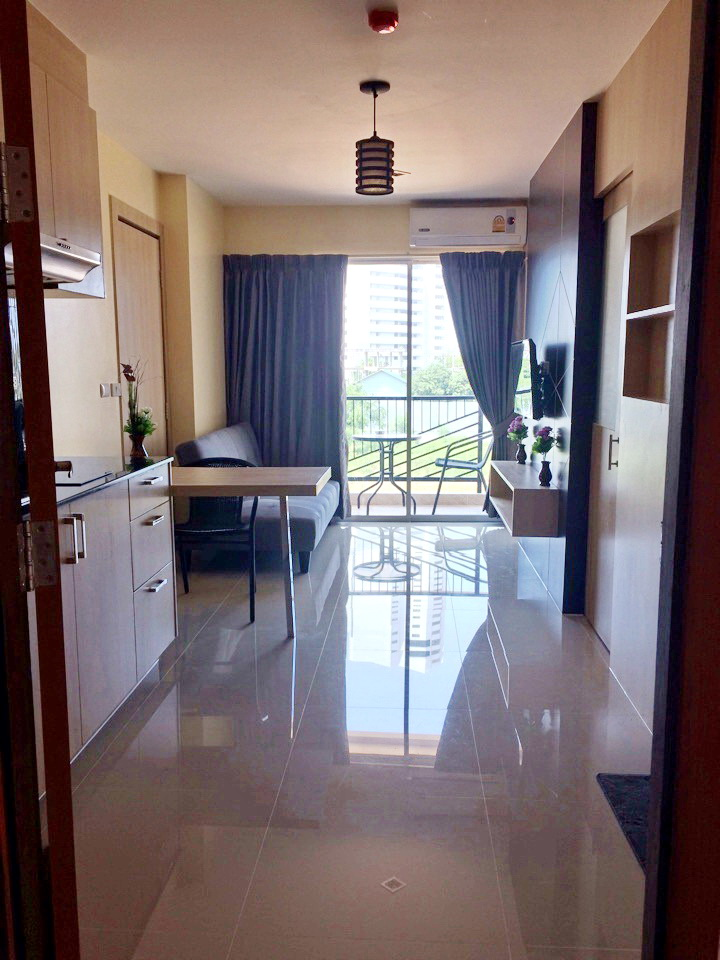 Trio Gems Condominium, Awesome 1-bedroom Condo